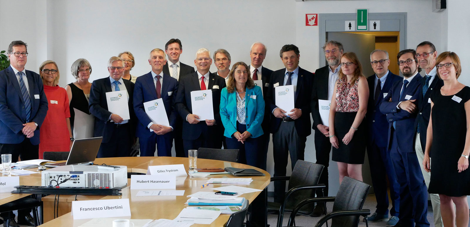 Contract Signed: European universities join forces to create a new generation of experts